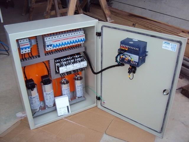 Estudo e montagem de banco de capacitores para correção de fator de potência.